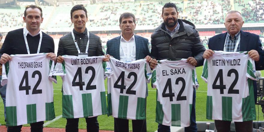 Konyaspor'un 4 efsanesi onurlandırıldı