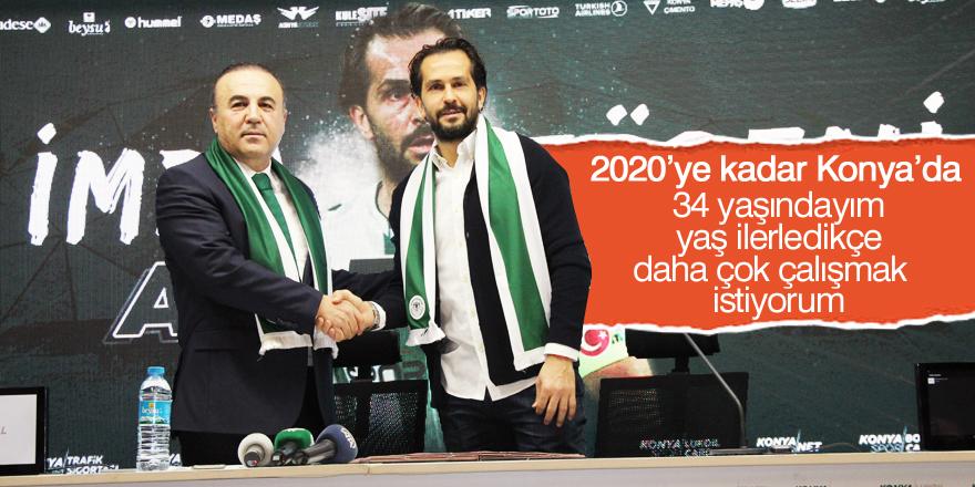 Ali Turan Konyaspor'la sözleşmesini yeniledi