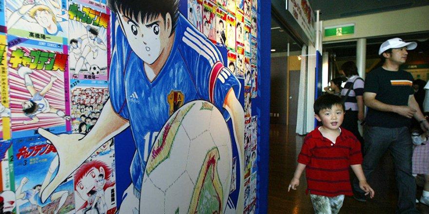 Tsubasa, Messi ve Ronaldo ile dönüyor