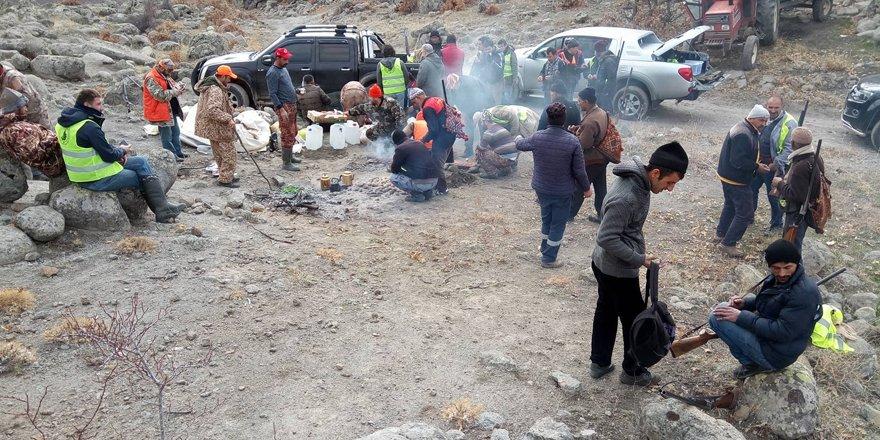 Seydişehir'de domuz sürek avı yapıldı