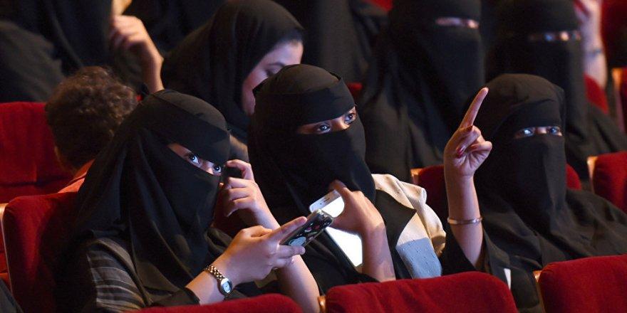 Suudi Arabistan'ta 35 yıl sonra bir ilk! Sinema yasağı kalktı