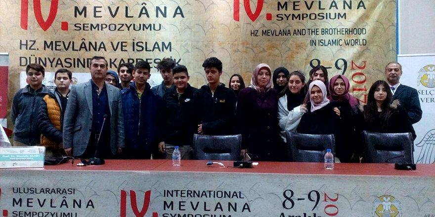 Enderunlu öğrenciler Uluslarası Mevlana Sempozyumu'nda