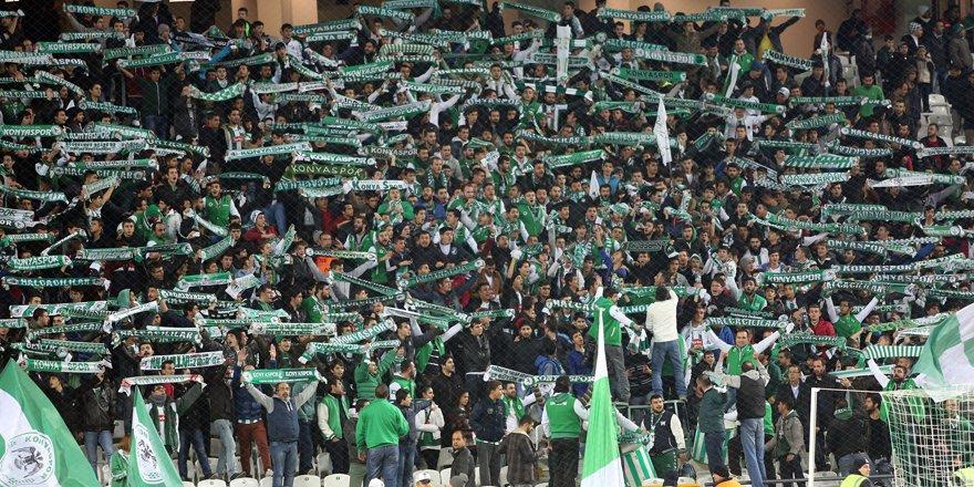 Konyaspor taraftarı  biletleri tüketti