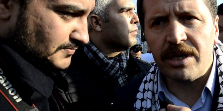 Konya Siyonizme kafa tutan Erbakan'ı bağrına bastı