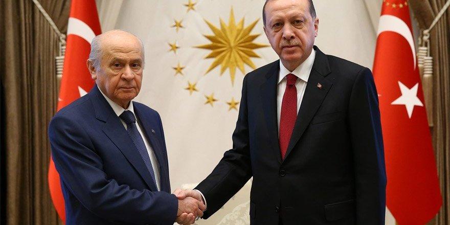 AKP'nin ittifak komisyonu üyeleri belli oldu