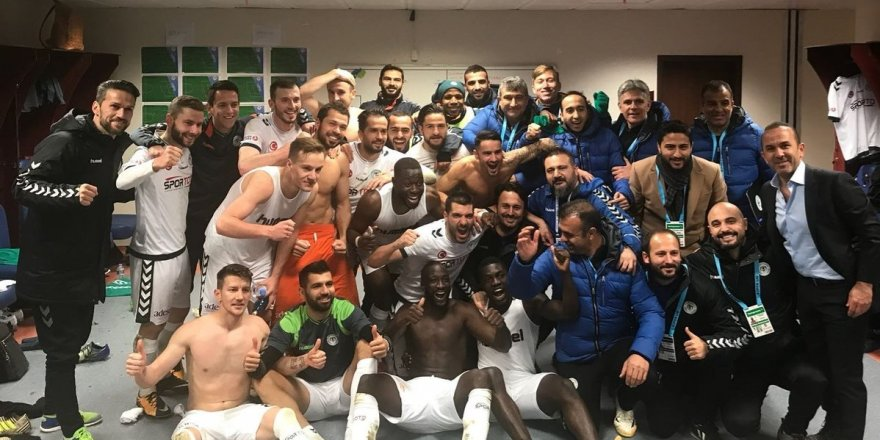 Atiker Konyaspor çeyrek finalde!