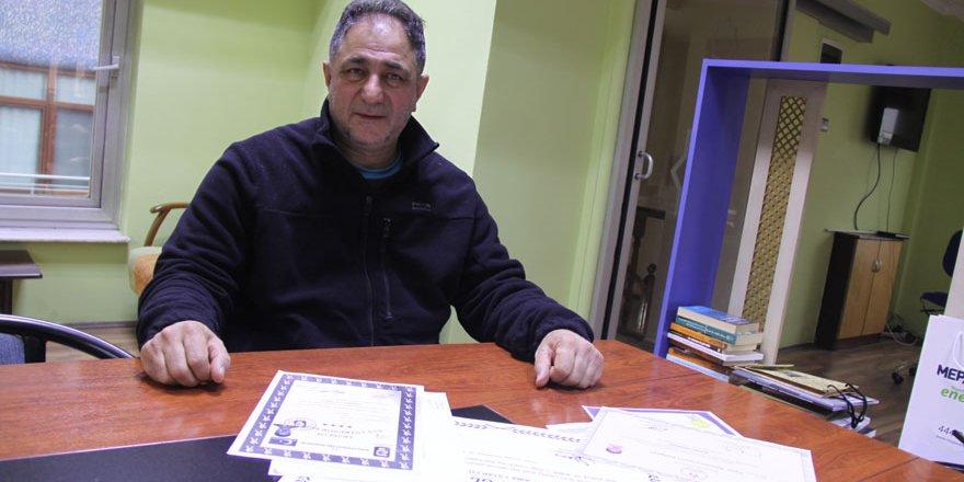Gündüz Dünya Boks Birliğinden belge aldı