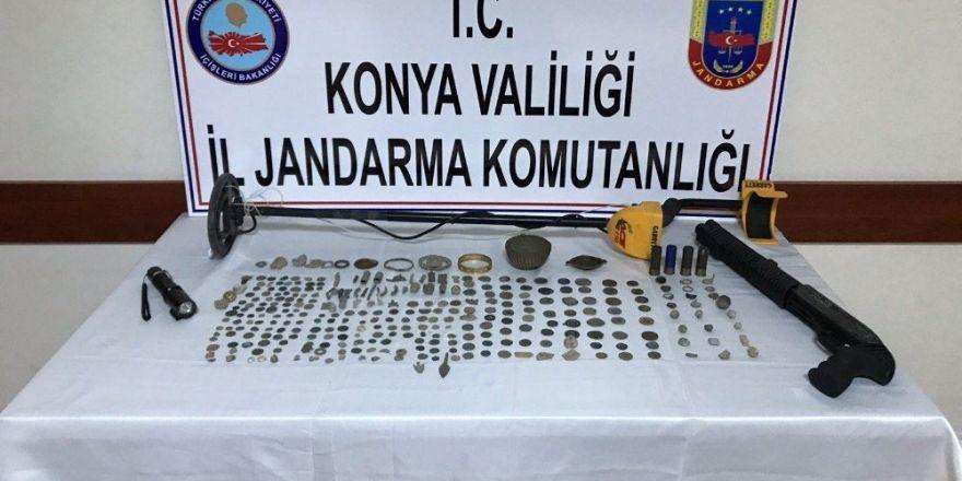 Konya'da 314 parça tarihi eser ele geçirildi