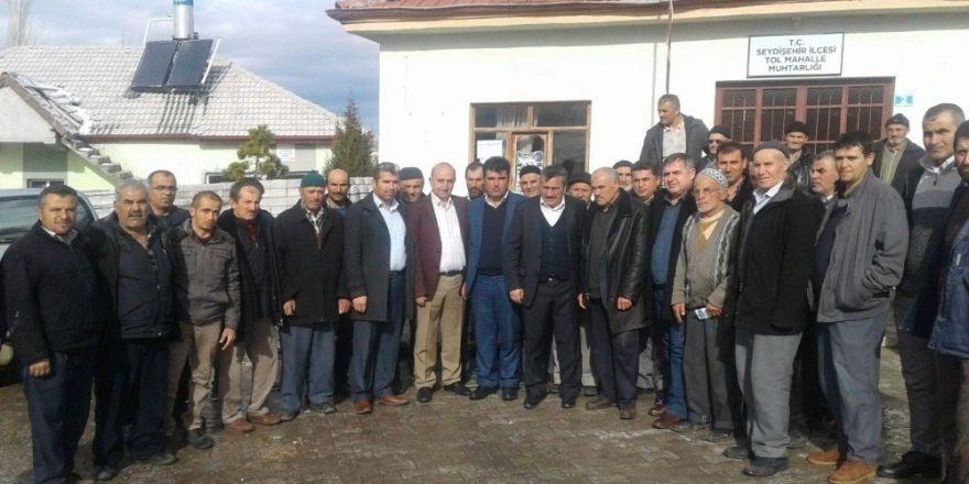 Başkan Tutal, vatandaşlarla bir araya gelmeyi sürdürüyor