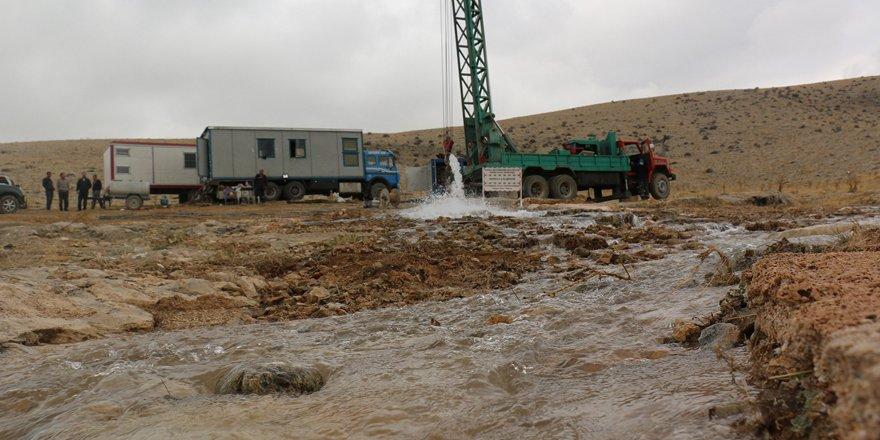 Konya'da 31 ilçede su yatırımları artarak devam ediyor