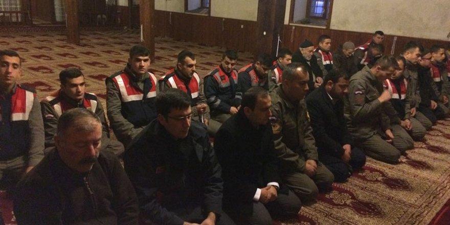 Doğanhisar'da Mehmetçik için dua edildi