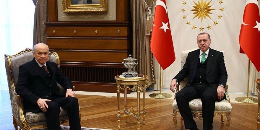 MAK Danışmanlık: AK Parti tabanında MHP ile koalisyona tepki var