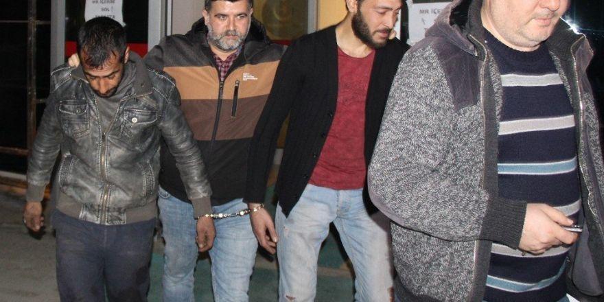 Televizyon hırsızları devriye atan polise yakalandı