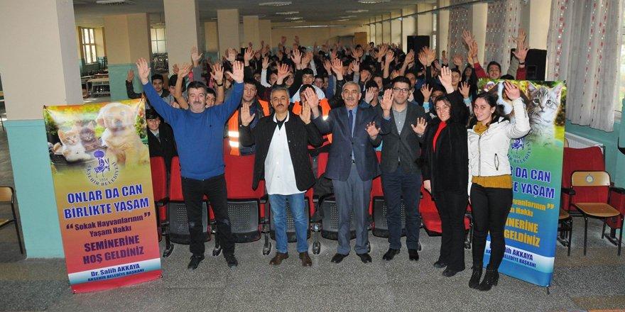 Akşehir Belediyesinden 'Hayvan Hakları' seminerleri