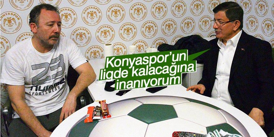 Davutoğlu: Konyaspor'un kümede kalacağına inanıyorum