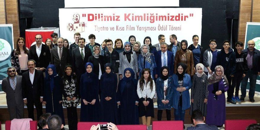 """Meram'da """"Dilimiz Kimliğimizdir"""" yarışmasının ödülleri verildi"""