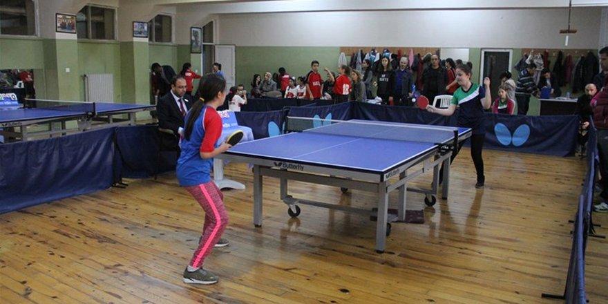 Okullar masa tenisinde küçükler il birinciliği yapıldı
