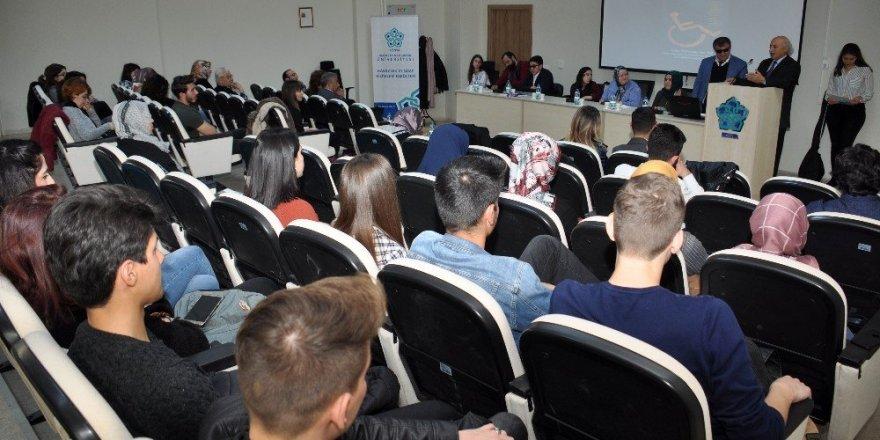 """NEÜ'de """"Engel Değil Destek Olalım"""" etkinliği düzenlendi"""