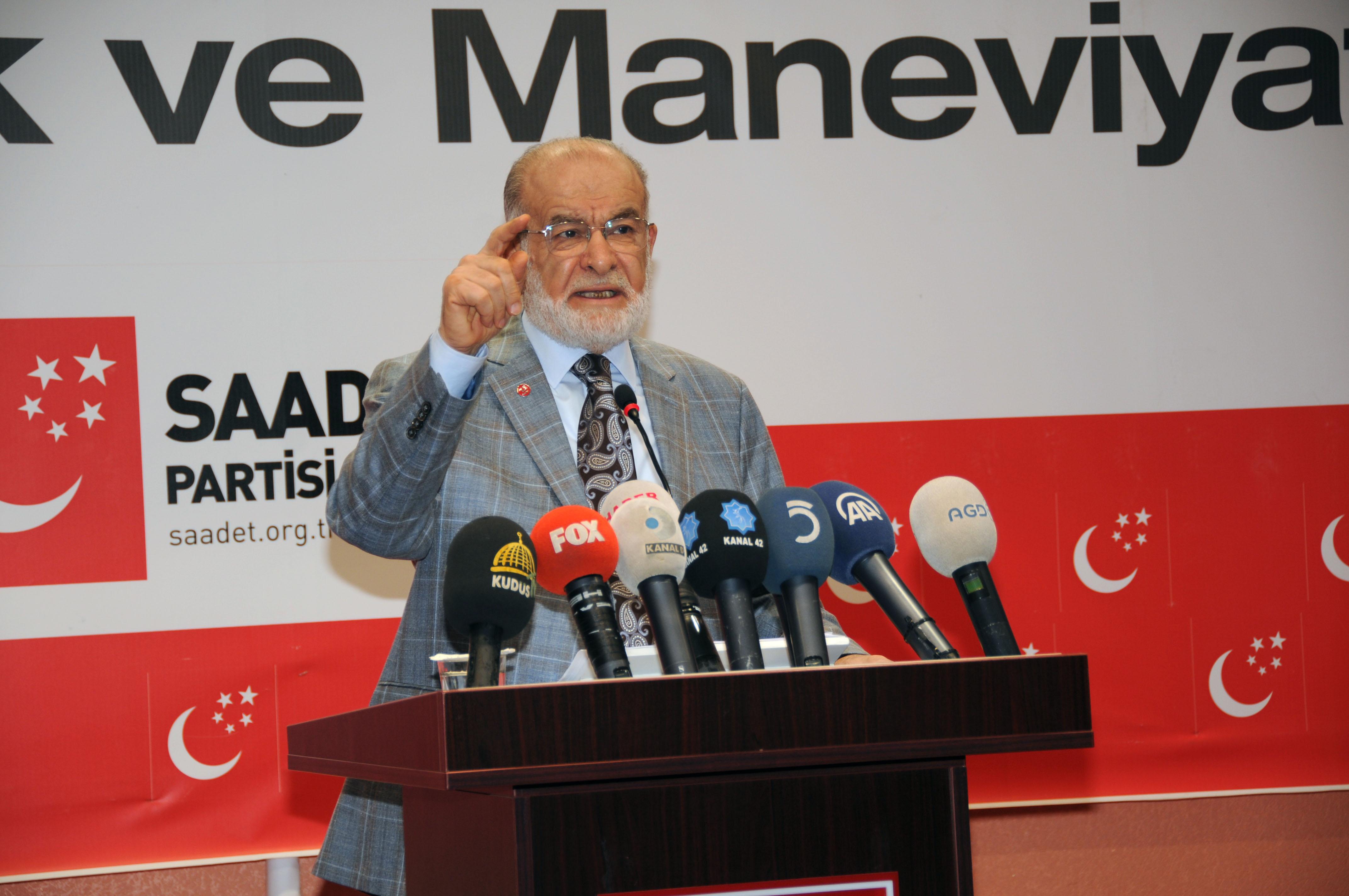 Karamollaoğlu hükümete yüklendi