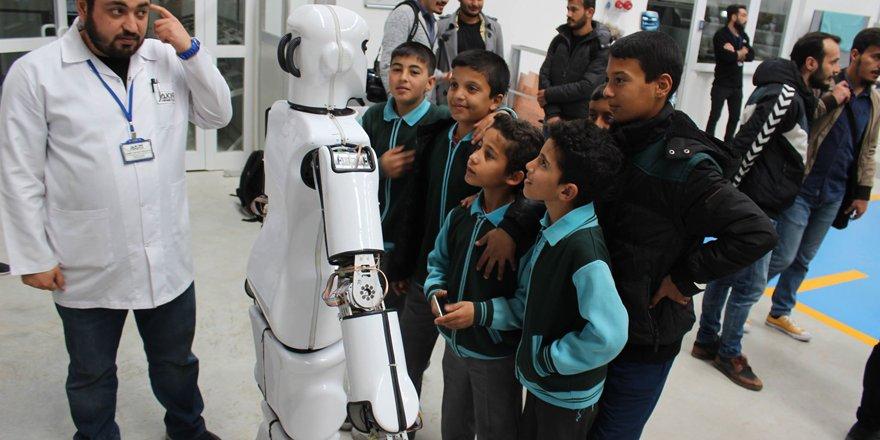 Akınrobotıcs kapılarını öğrencilere açıyor
