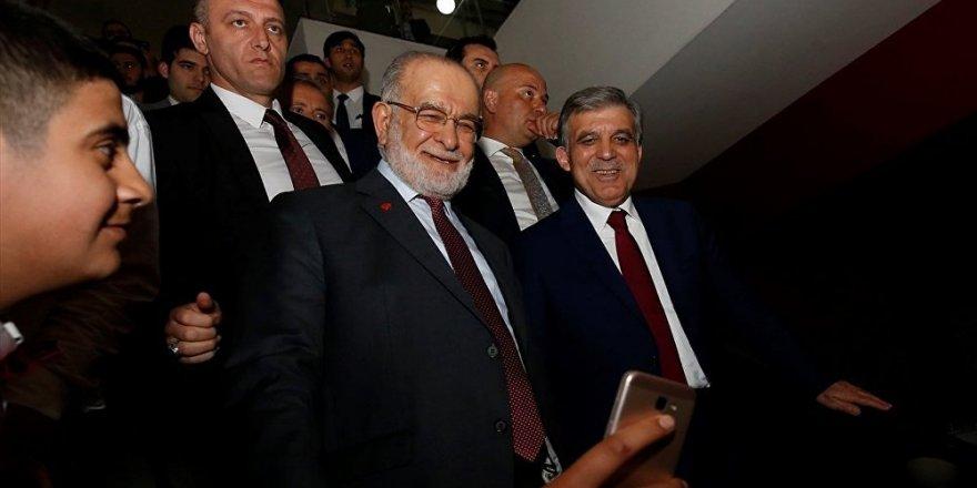 Karamollaoğlu, Abdullah Gül'ün ofisinde