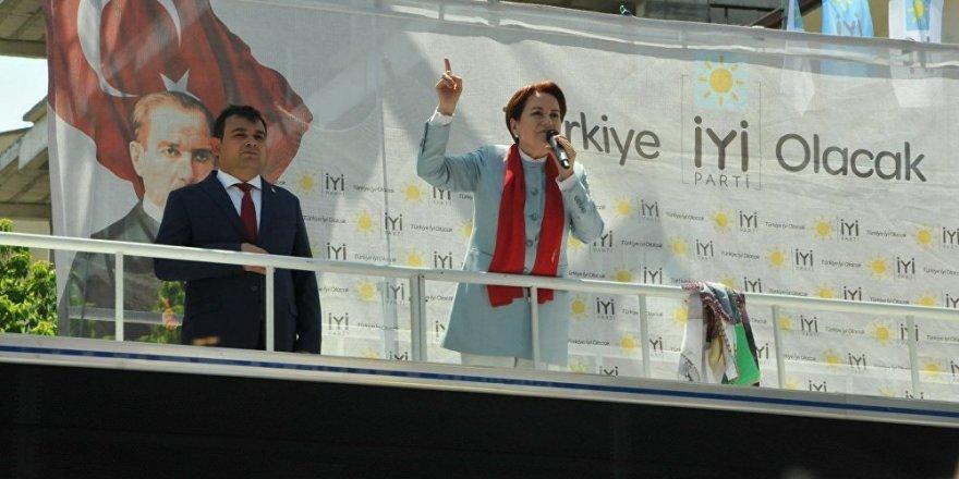 Akşener'den Erdoğan'a: Çocukları üşüyor diye kendini asan kadını hatırlıyor musun?