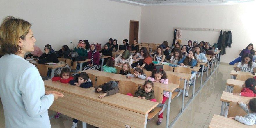 Çocuklar, KTO Karatay Üniversitesinde kodlama yaptı