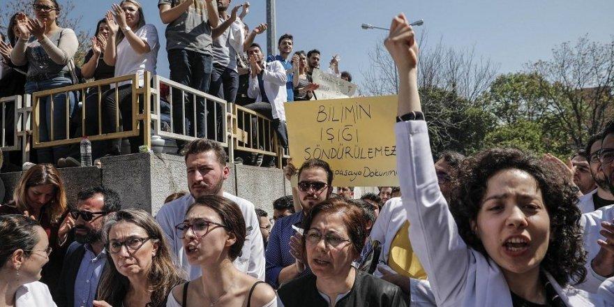 Saraç: İstanbul Üniversitesi'ni bölerek yeni bir model deneyeceğiz