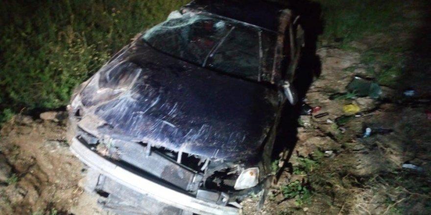 Konya'da kontrolden çıkan otomobil devrildi: 2 yaralı