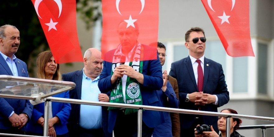 """Cumhurbaşkanı adayı Muharrem İnce: """"Önümü ilikleyip ifade vermek şereftir"""""""