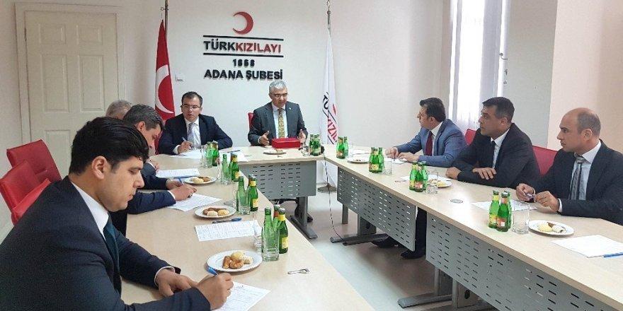Adana Vergi Dairesi'nden Kızılay'a kan bağışı