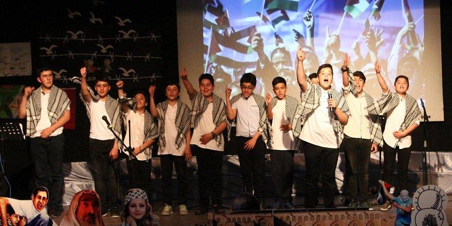 Gençlik'te Kudüs Gecesi ve ödül töreni gerçekleştirildi