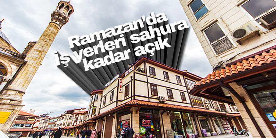 Konya'da iş yerleri sahura kadar açık
