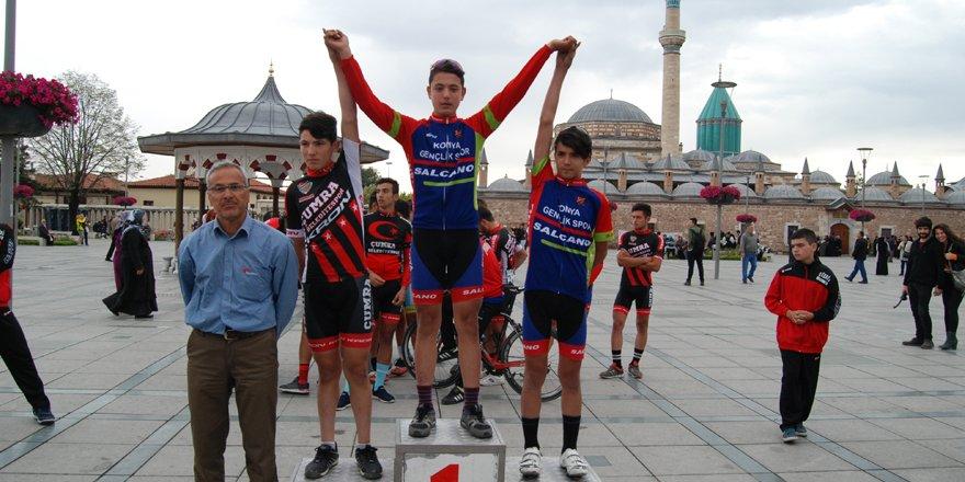 Pedallar,Mevlana'nın Konya gelişi için döndü