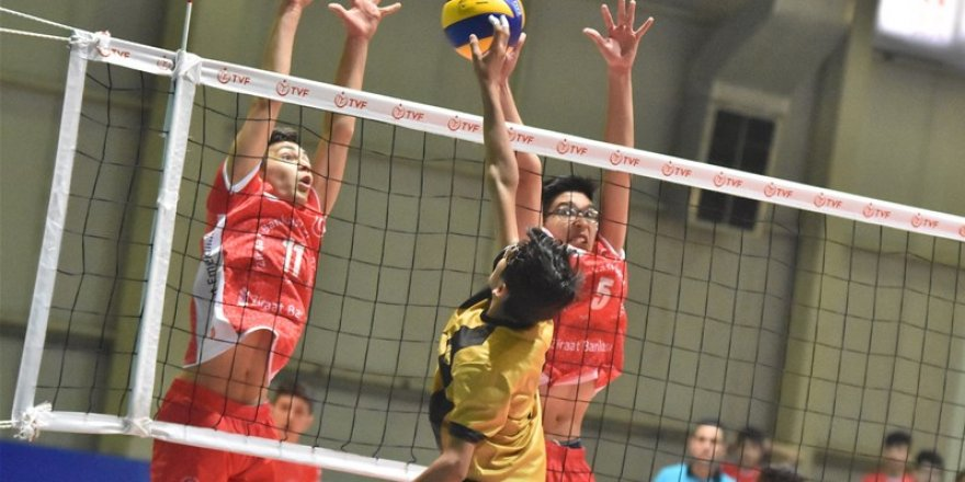 Voleybol Midiler Türkiye şampiyonası Konya'da başladı
