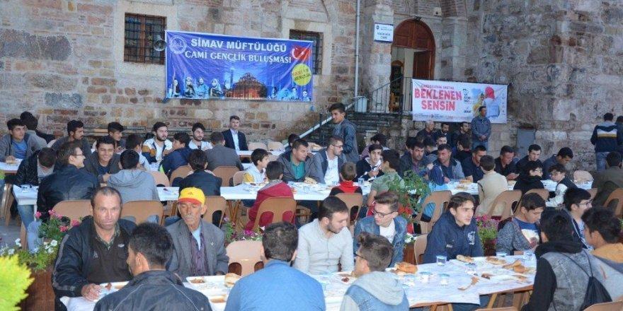 Simav'da 'Cami-gençlik' buluşması
