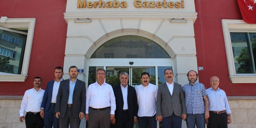 Ağralı'dan Merhaba Gazetesi'ne ziyaret