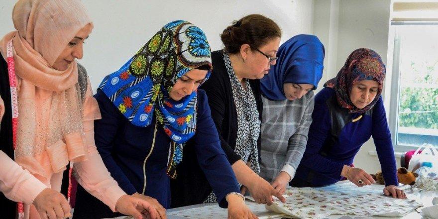 Meram'dan kadınlara tam destek
