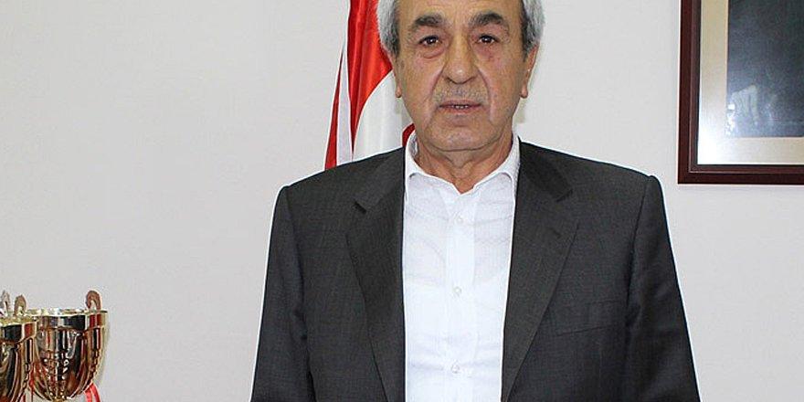 Anadolu Selçuk'ta yönetim değişiyor