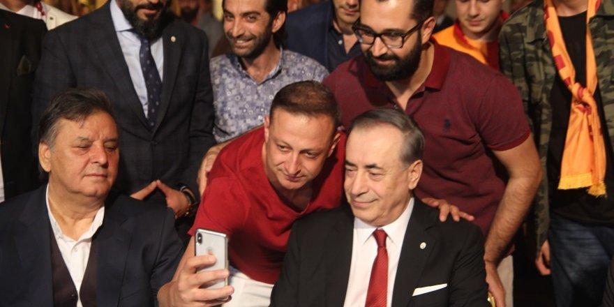 Galatasaray Başkanı Cengiz Konya'da