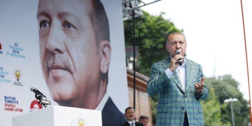 """Cumhurbaşkanı Erdoğan: """"İstanbul'da 5 milyon, dedi, emniyetten rakam aldım 280 bin"""""""