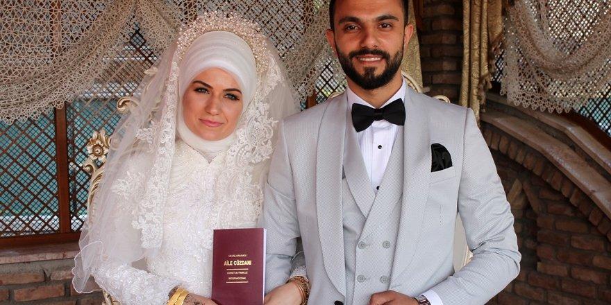 Mulumulu ve Erol ailesinin düğün sevinci