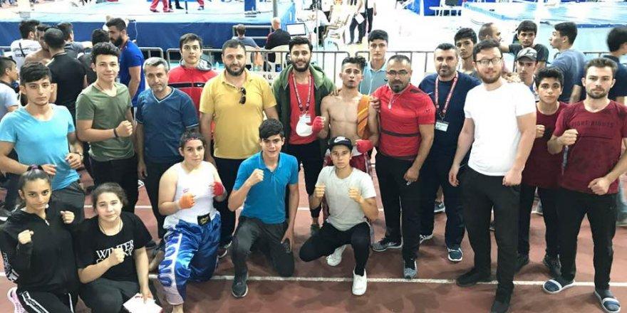 Kick-boksa Konya damgası