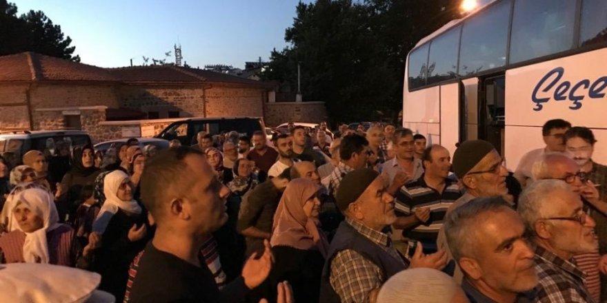 Başkan Tutal Seydişehirli hacı adaylarını uğurladı