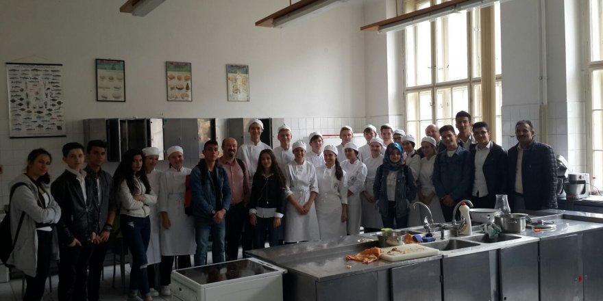 Turizm Öğrencileri Erasmus Kapsamında Çekya'ya gitti