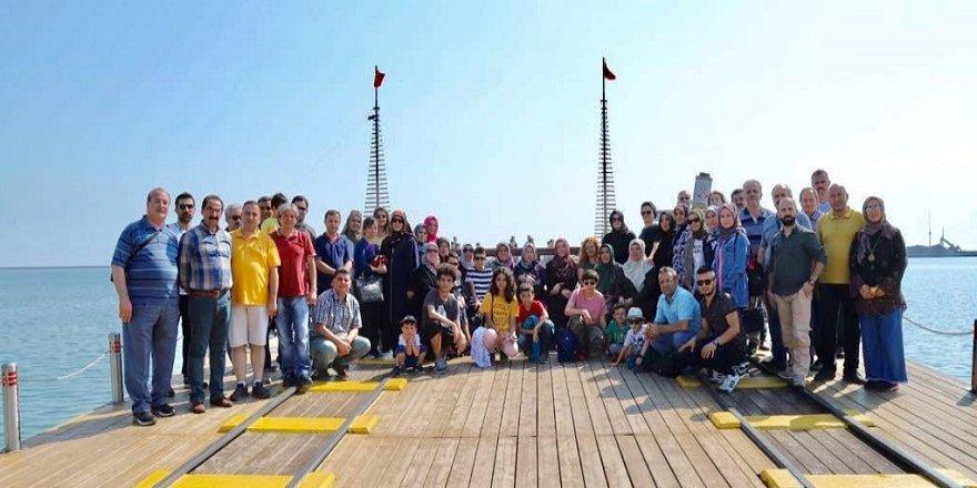 Karatay öğretmenlere Karadeniz'i gezdirdi