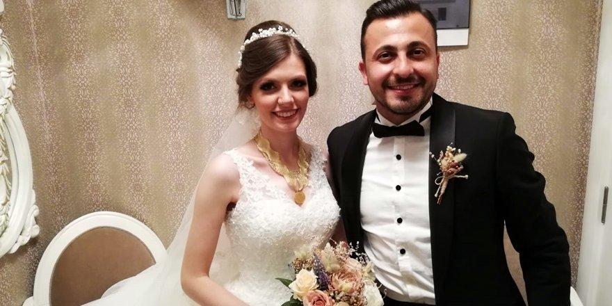 Kübra ve Efe'nin düğün mutluluğu