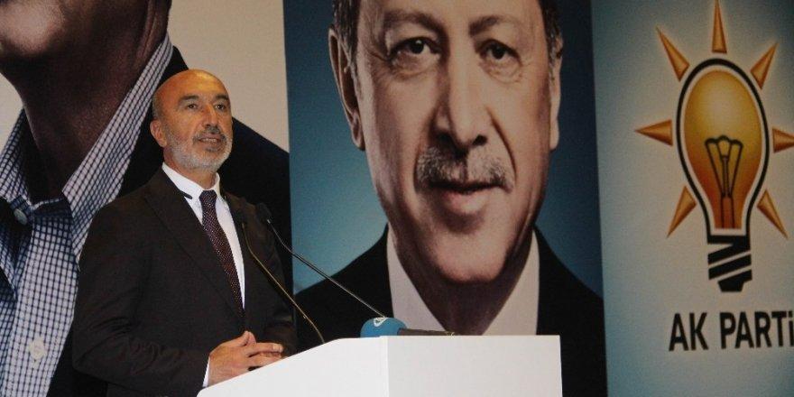 Angı: Türkiye'nin kaderi ile AK Parti'nin kaderi bir
