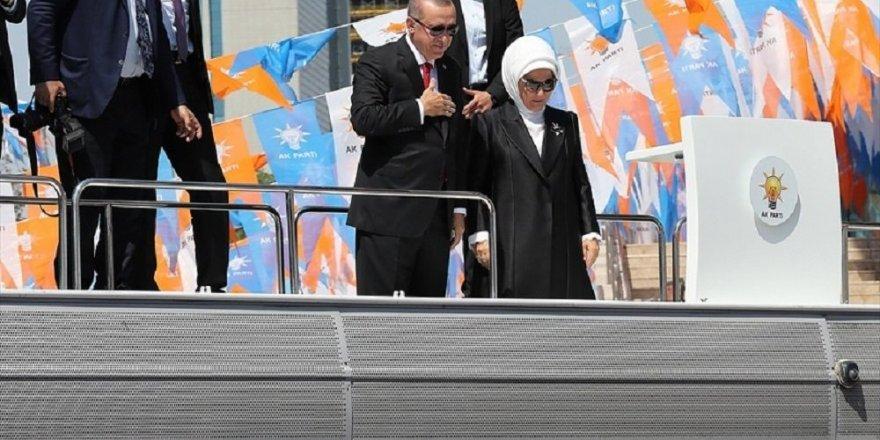Erdoğan: Bütün büyükşehirleri kazanacağız