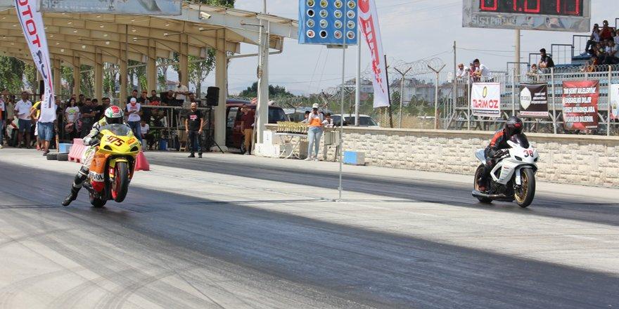 Türkiye Motodrag Şampiyonası nefes kesti